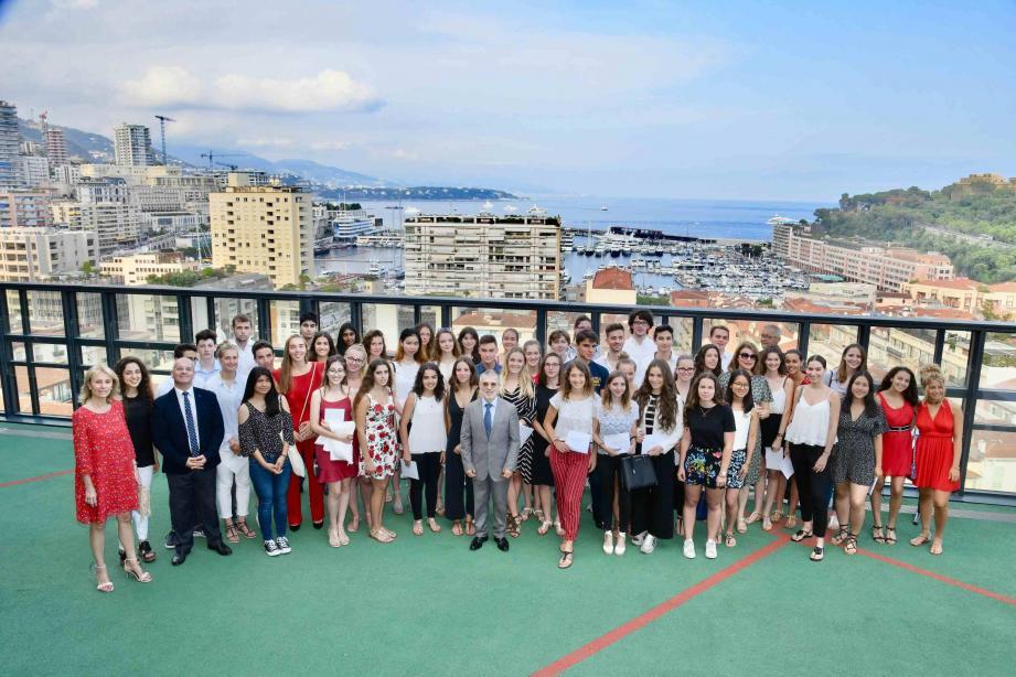 Tous ou presque sont venus à cette réception d'honneur recevoir de la main de Patrice Cellario le précieux diplôme qui les enverra vers des études supérieures à Monaco ou ailleurs.