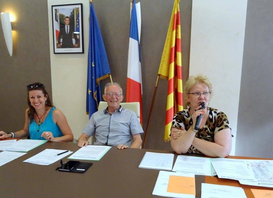 (De gauche à droite) Marlyn Fourmillier, Roger Muréna et Myriam Silvestre.