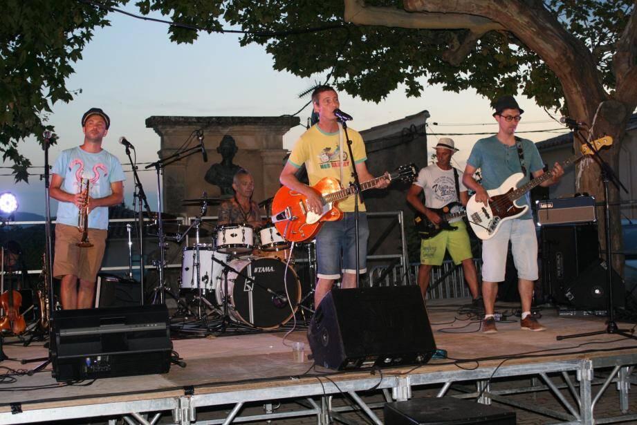 Le groupe « Skalibre » a assuré la première partie du concert.