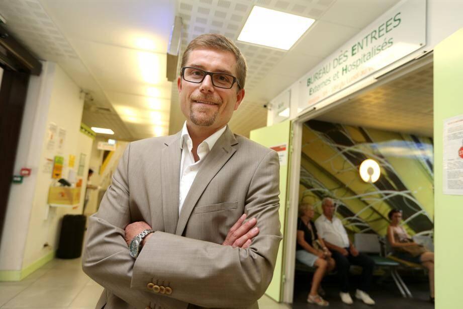 Jean-Christophe Rousseau a su mener à bien les chantiers de rénovation du CHD, modernisant les services de maternité, pédiatrie, cardiologie, gastro qui n'avaient pas évolué depuis l'ouverture de l'établissement en 1985.