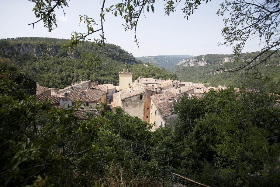 Une vue de Châteaudouble.