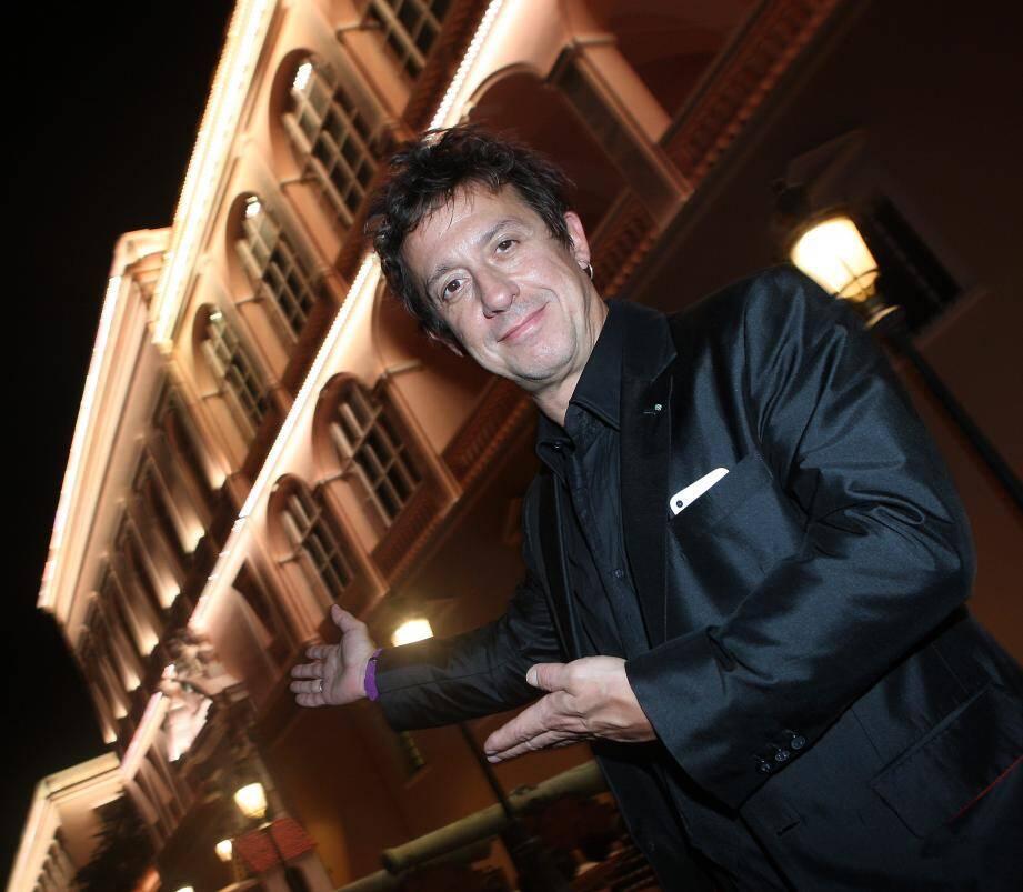 En 2012, côté spectateur, Eric Serra avait assisté à un concert dans la cour d'honneur du Palais. Le 17juillet, il sera sur scène pour la soirée Summer Dream.