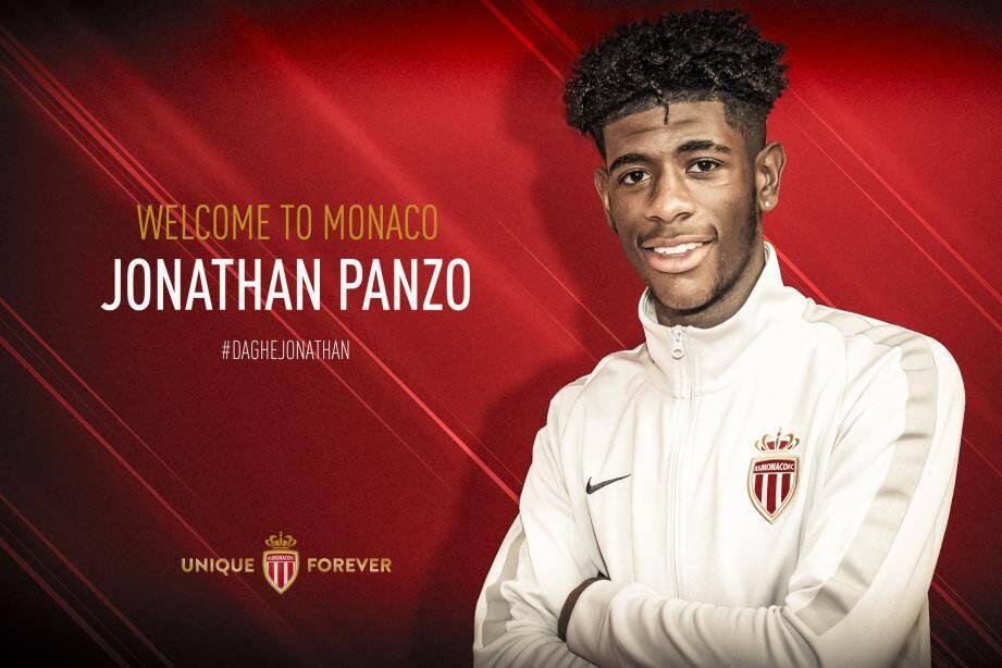 Jonathan Panzo arrive de Chelsea