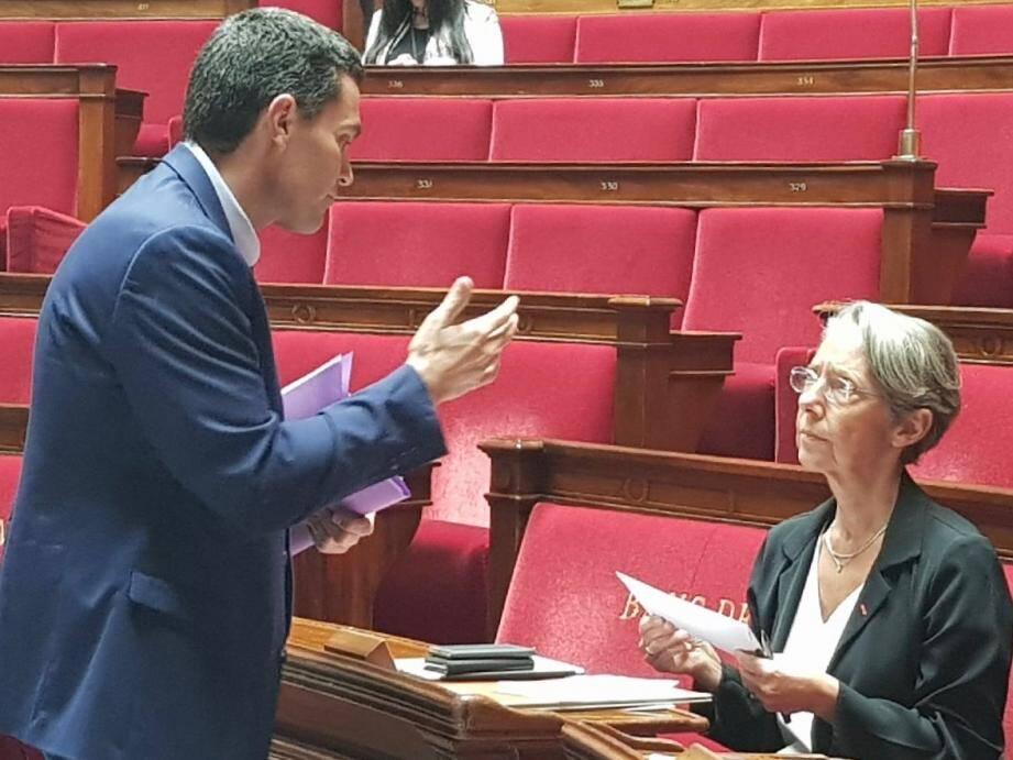 Eric Pauget interpelle la ministre des Transports Elisabeth Borne.
