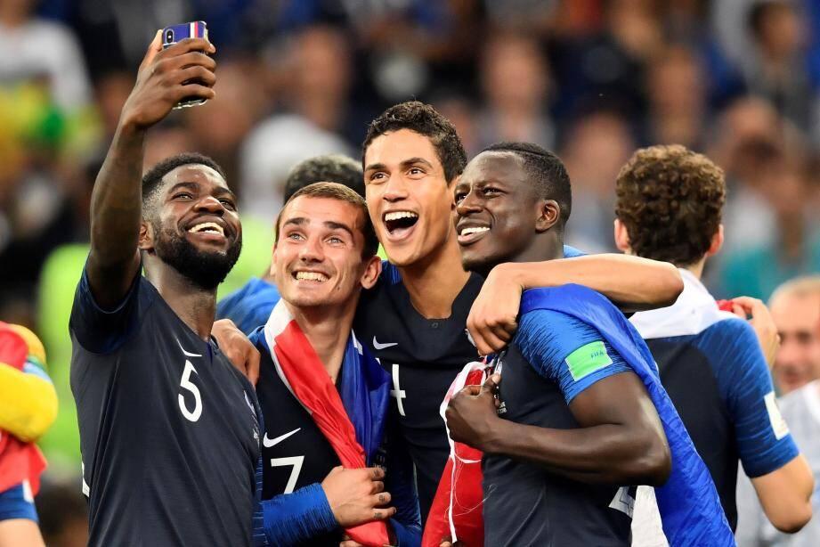 Les Français seront décorés de la Légion d'honneur.