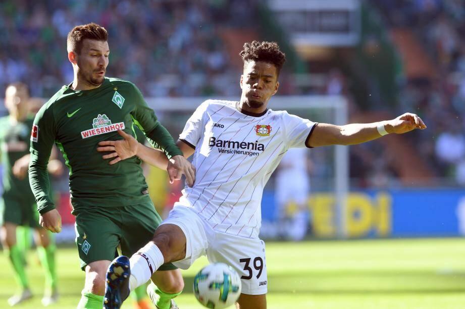 Heinrichs avec le Bayer Leverkusen
