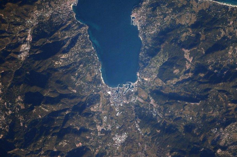 Le Golfe de Saint-Tropez vu du ciel.