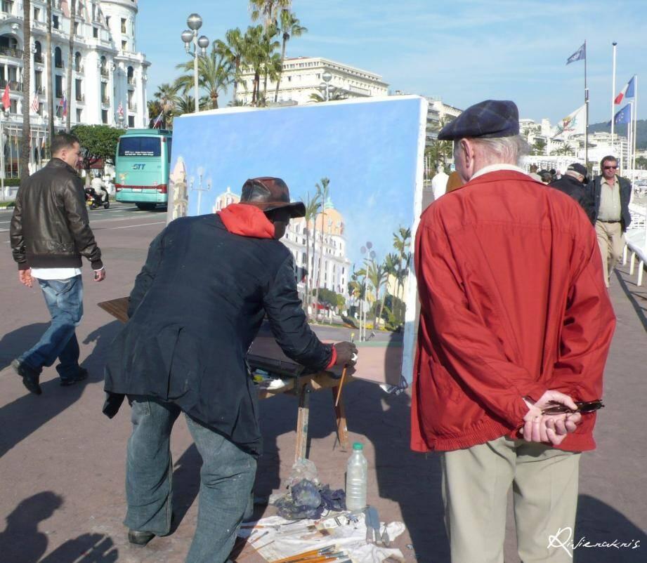 Depuis 2003, Omar Logang pose souvent son chevalet pour peindre la Baie des Anges.