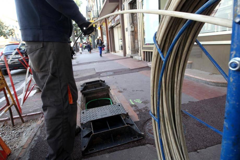 Le conseil du Var s'est fixé un objectif : faire que chaque foyer, chaque entreprise bénéficie du très haut débit d'ici 2023.