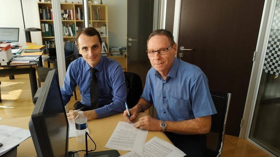 Hier, chez Me Cevaer, à Cap d'Ail, Rémy Rolland pour la SID et Jean-Jacques Raffaele, maire de La Turbie ont signé le nouveau bail emphytéotique qui les lie pour 85 ans.