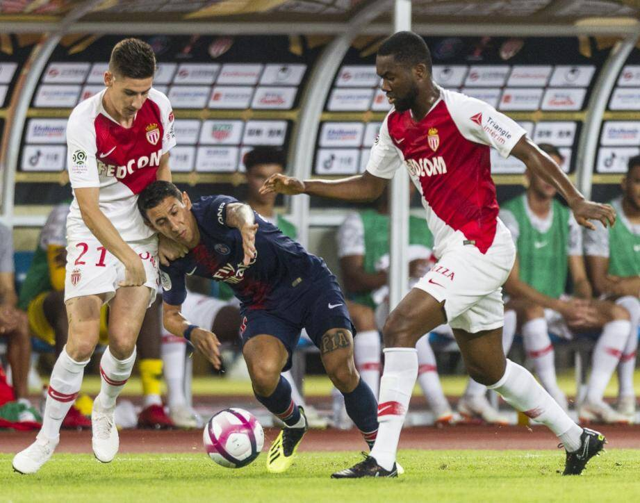 Serrano et Ahoulou ont eu toutes les peines du monde à contenir le PSG et notamment Di Maria, auteur d'un doublé et élu homme du match.