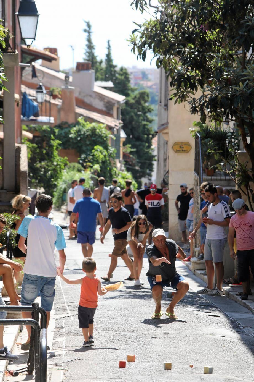 Les rues du vieux village seront bien animées encore aujourd'hui, avec la finale prévue vers 18 heures.