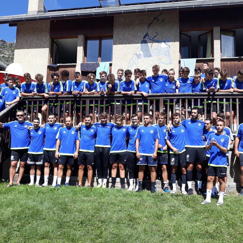 Le CAUZ Handball au Centre International de Préparation Physique en Altitude de Briançon.