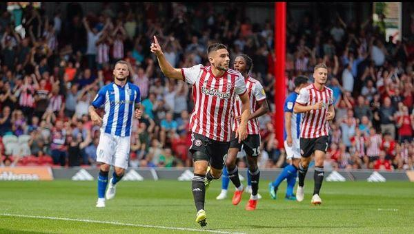 Neal Maupay brille en Angleterre.