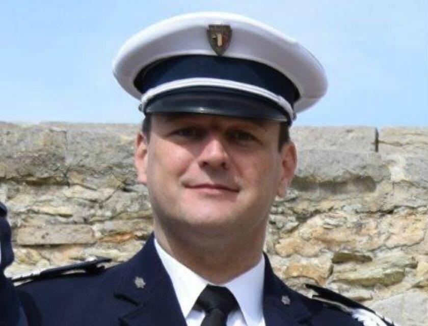 Le major David Cattani, motocyscliste de la formation urbaine de Toulon.