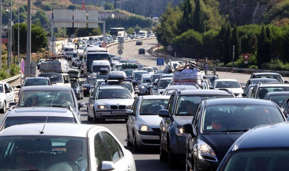 La journée est classée rouge ce samedi sur les routes.