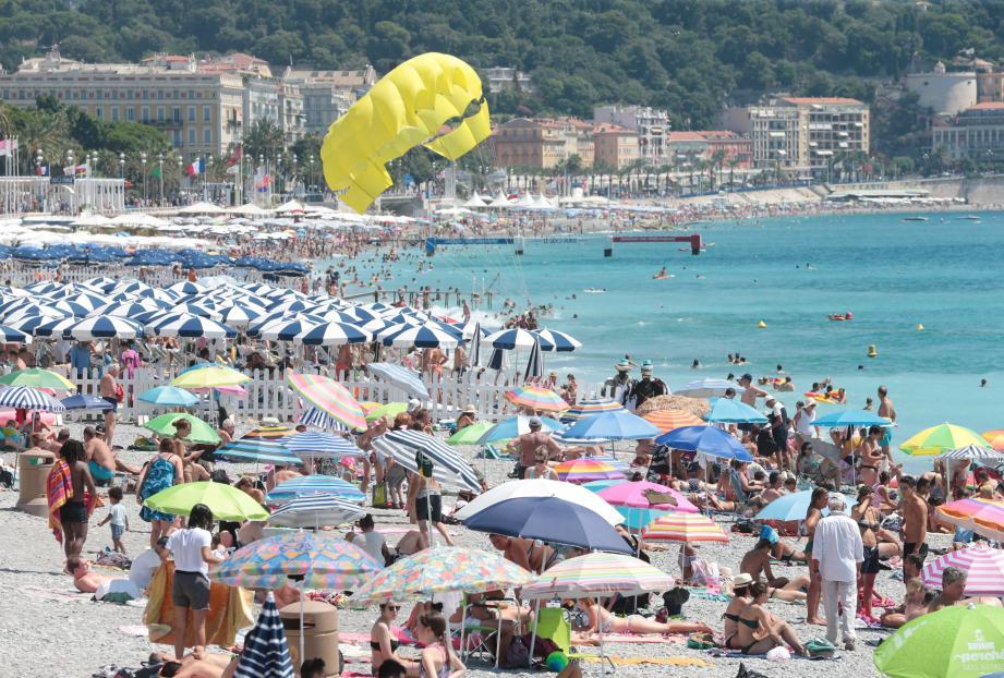 Le mois d'août, qui s'annonce excellent, marque comme chaque année la pointe de fréquentation estivale, avec près de 700 000 touristes présents sur la Côte d'Azur lors du week-end du 15 août.