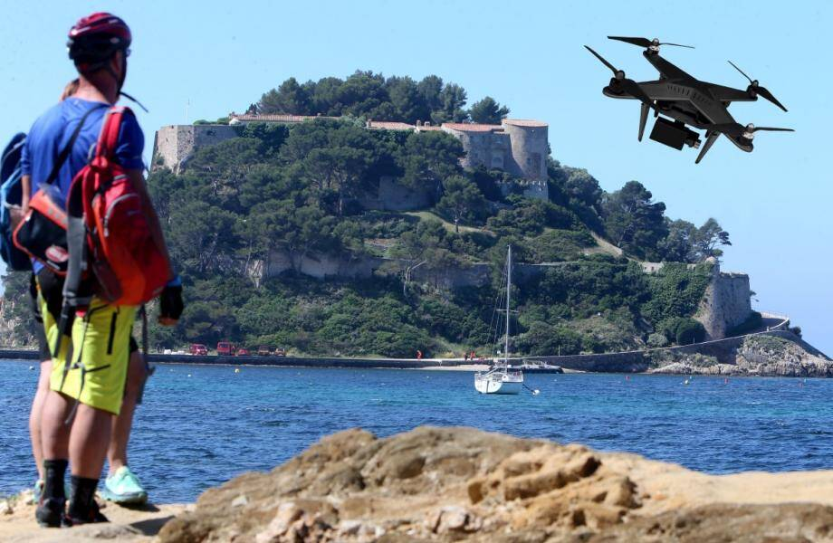 Le 6 août dernier, une enquête avait été ouverte après le repérage d'un drone au-dessus du fort de Brégançon
