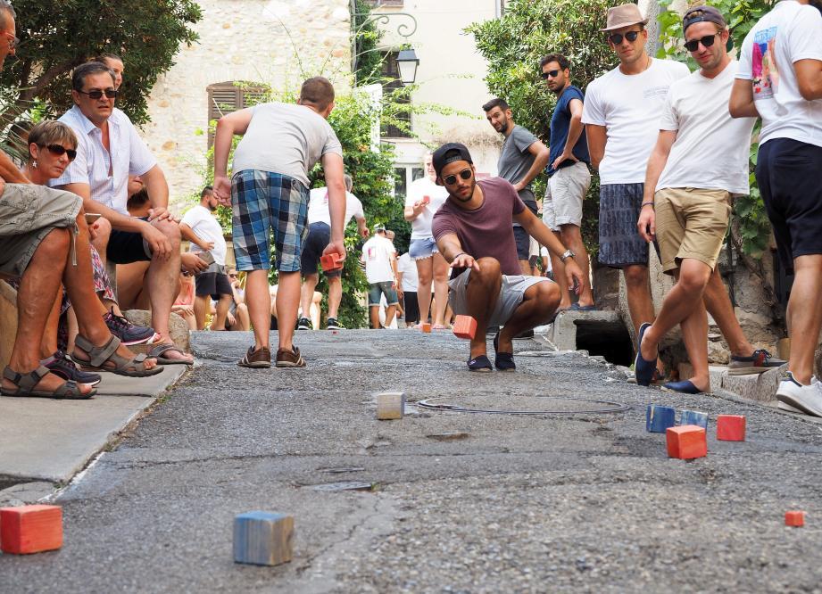 Le championnat du monde des boules carrées, ne se jouera pas cet été dans le Haut-de-Cagnes.