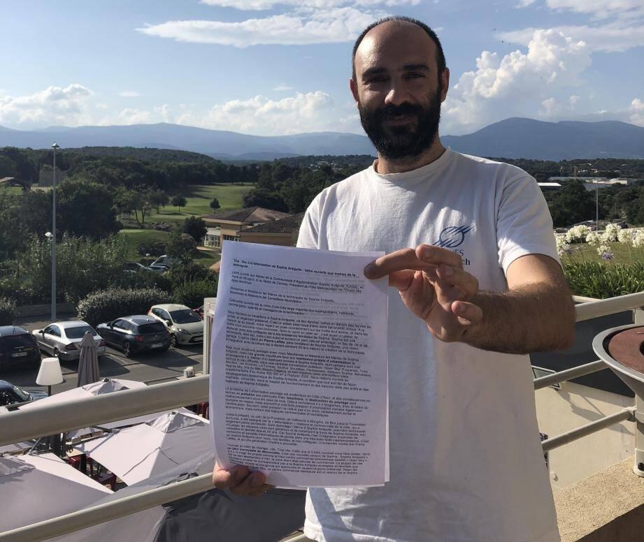 En un mois, la pétition de Claudio Perini a déjà récolté près de 6.000 signatures.