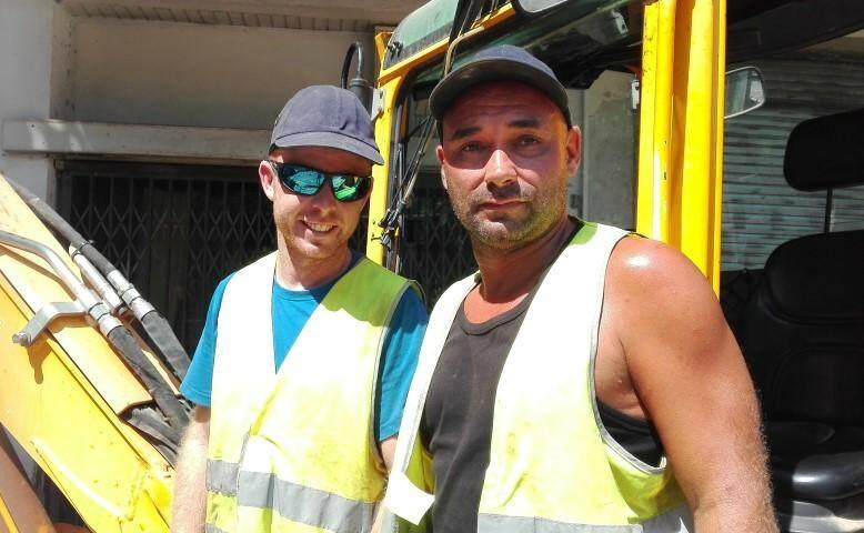 Pierre et Christophe, ouvriers à Toulon.