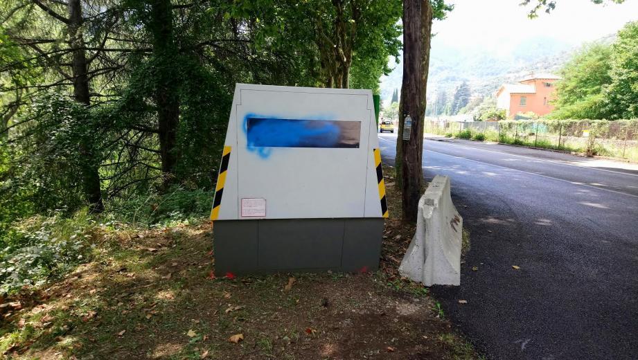 Un radar fraîchement installé au niveau de la gare de Breil a été vandalisé en août.