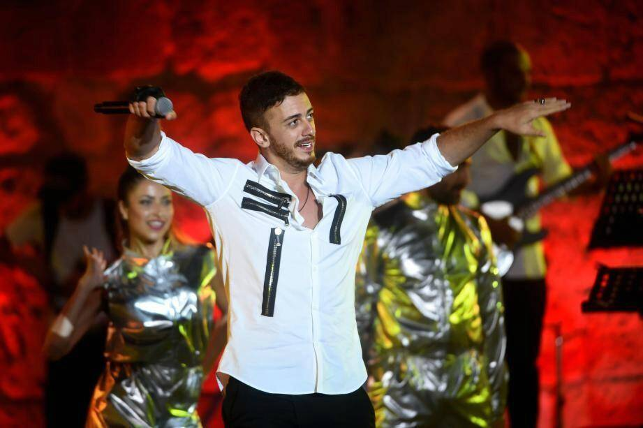 Saad Lamjarred, lors d'un concert le 30 juillet 2016 en Tunisie.