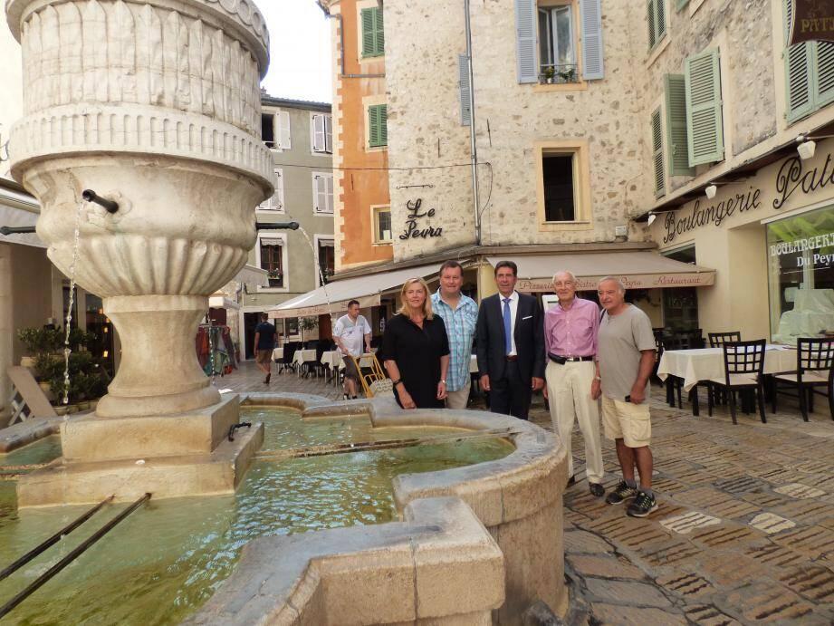 Après l'annonce du président du département ici au Peyra avec Anne Sattonnet et le bureau, le Cepon sera bien au rendez vous lors de la prochaine fête des fontaines, qu'il a lancée voilà 12 ans.