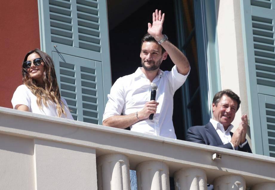 Hugo Lloris de retour à Nice, a été célébré par sa ville. Benjamin Mendy et Ousmane Dembélé ont mis le cap sur Miami. A Ibiza, David Guetta a accueilli Thauvin, Mbappé et Giroud.