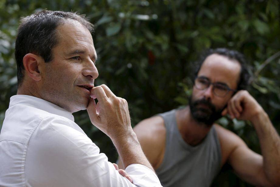 Entamé fin août, le  «Tour de France et d'Europe des solidarités» de Benoît Hamon s'est posé le 7 septembre chez Cédric Herrou, le militant emblématique de l'aide aux migrants.