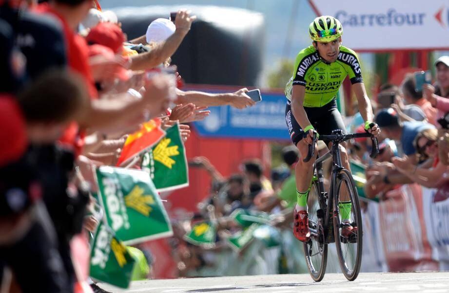 Passé pro en 2017, Rodriguez s'offre une victoire de prestige dans un grand Tour.