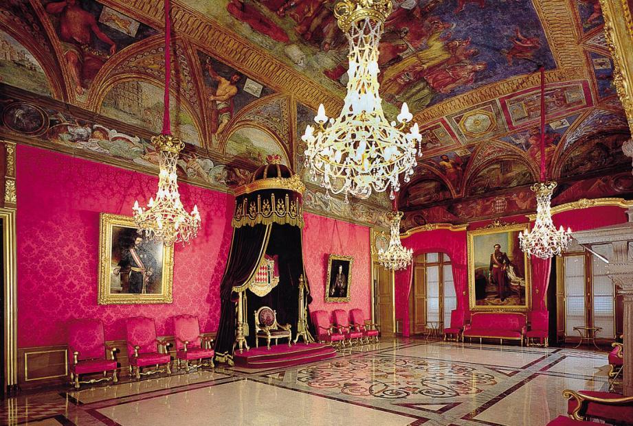 Des visites (comme ici du Palais princier) et des rencontres inédites sont au programme.(DR)