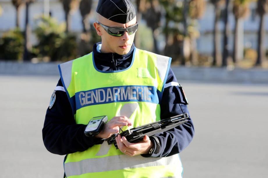 Les gendarmes de l'escadron départemental de sécurité routière ont effectué un contrôle coordonné sur la basse, moyenne et haute corniche.