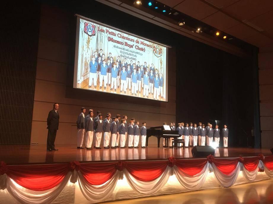 Sur scène cet été à Bangkok en Thaïlande, où la troupe s'est produite pour la première fois à l'occasion d'une tournée en Asie.(DR)