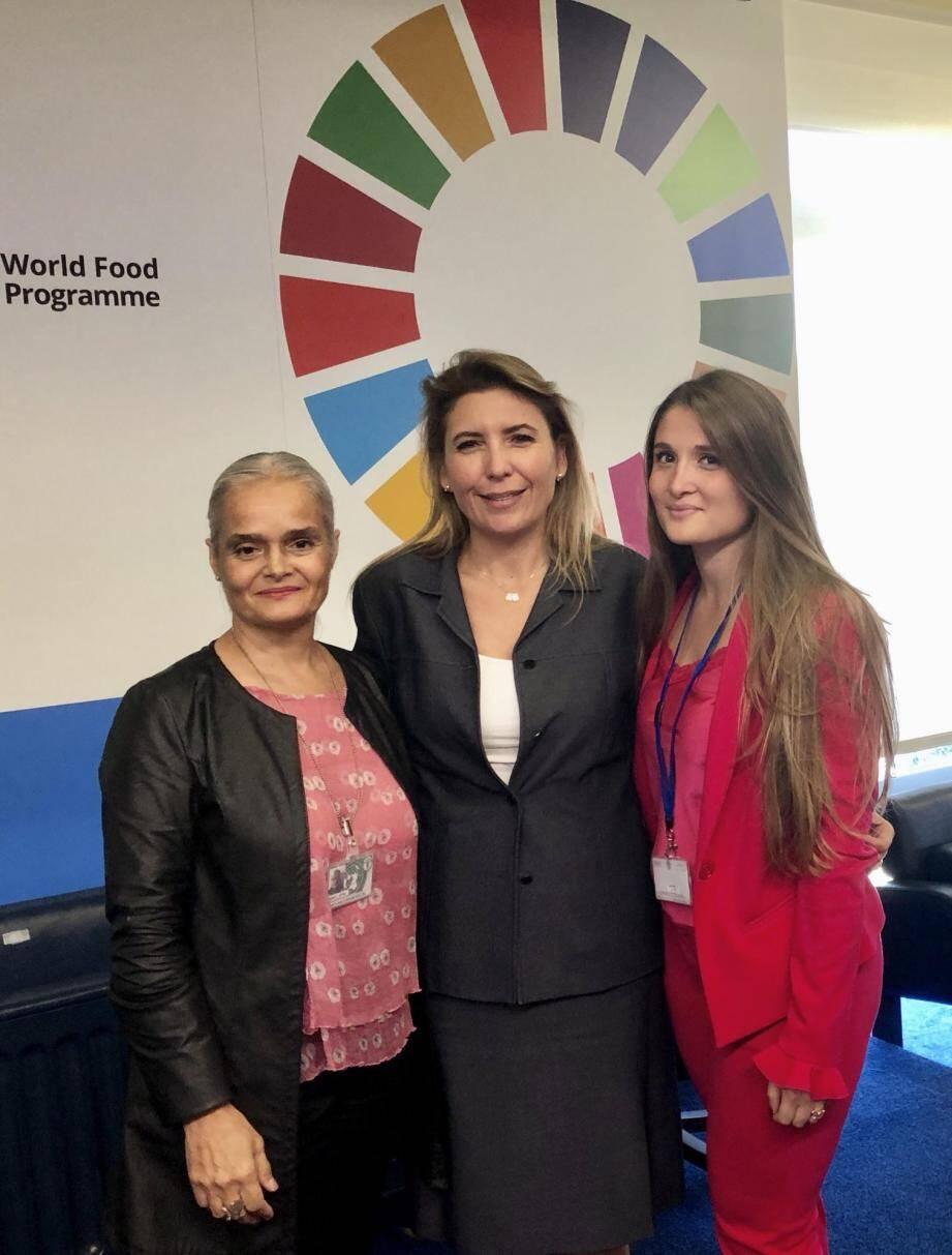 Martine Garcia Mascarenhas (FAO et PAM), Stephanie Hochstetter Skinner-Klee, directeur des Organismes onusiens ayant leur siège à Rome, et Lisa Battaglia (étudiante stagiaire).(DR)