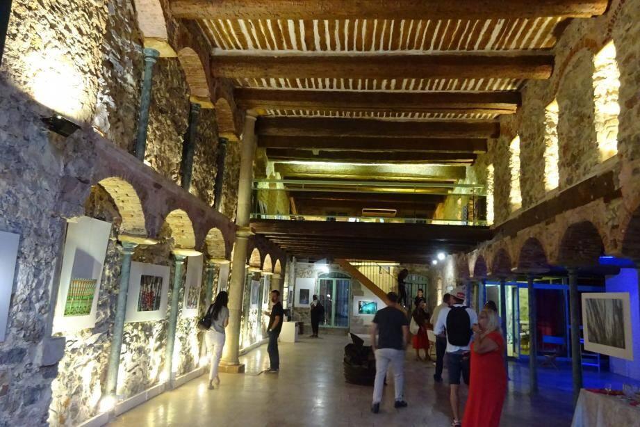 Magnifique restauration de cet ancien couvent des Capucins par Aimé Celfio.