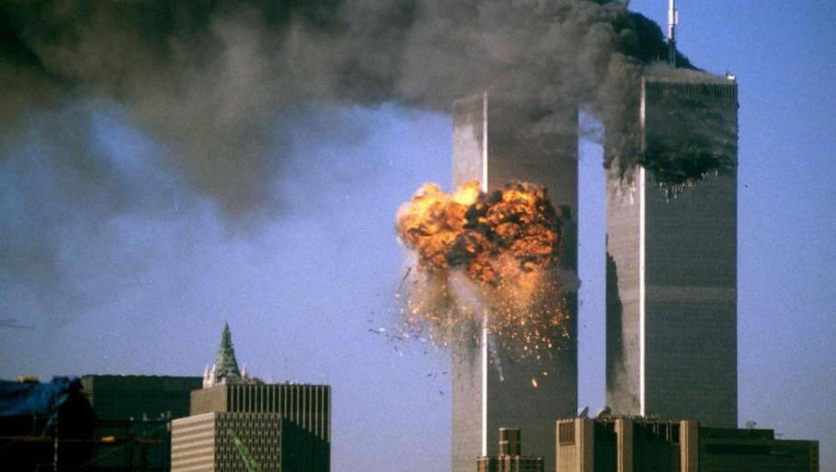 L'attaque des tours du World Trade Center à New York le 11 septembre 2001.