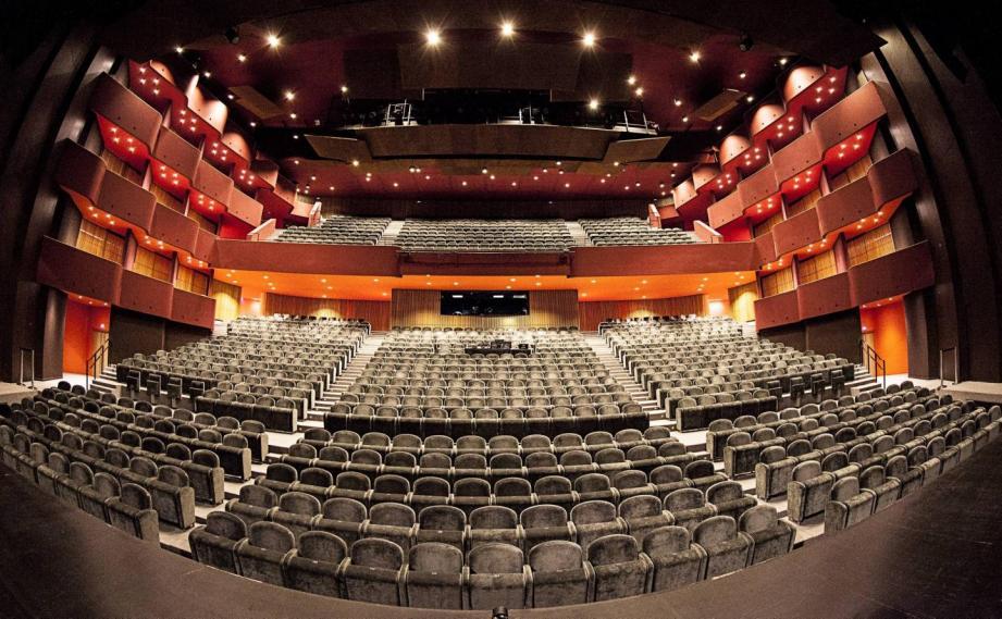 Se réjouissant de pouvoir compter sur des spectateurs fidèles, Anthéa, le premier théâtre de France – après La Comédie-Française – mise sur une programmation sans distanciation sociale.