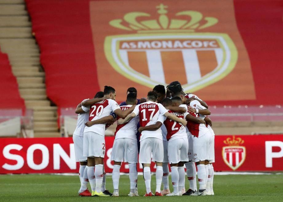 Le club de la Principauté ne compte qu'une seule victoire en L1, celle glanée en entame de championnat contre Nantes, et déjà trois défaites, la dernière datant de mardi à Louis-II face à Angers.