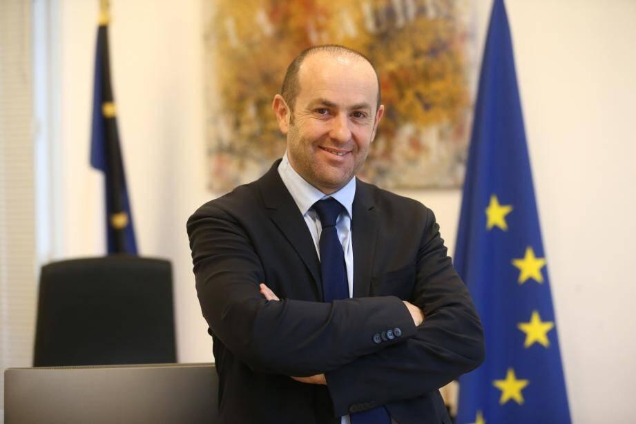 Interrogé sur la démission de son premier adjoint, Bruno Bettati n'est pas allé avec le dos de la cuillère.