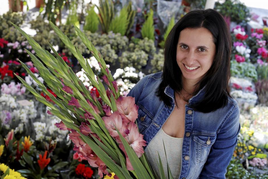 Âgée de 31 ans, Jennifer Rizzo travaille au marché du Careï.