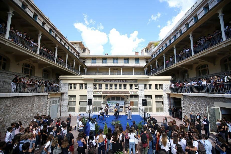 Un vrai concert pour la rentrée au lycée Masséna.