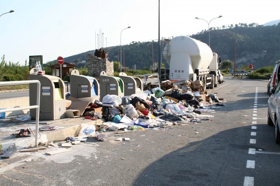 La Métropole de venir deux fois par semaine à Saint-Blaise, pour ramasser ces déchets