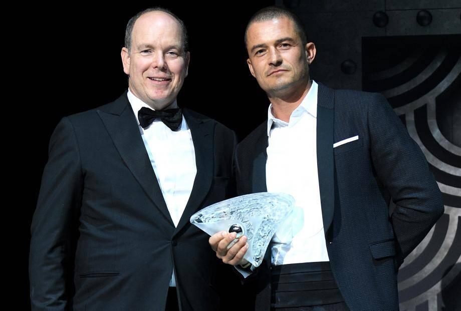 L'acteur britannique Orlando Bloom a reçu un Prix spécial de la Fondation Prince Albert II, des mains du souverain, pour saluer son engagement continu dans la cause environnementale.