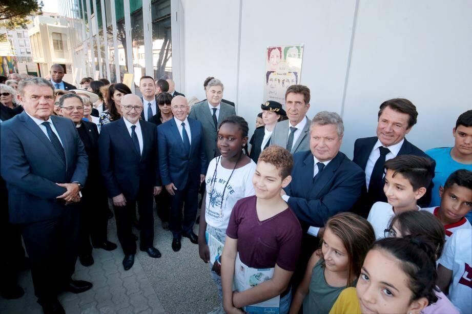 Le collège Victor-Duruy, dans le quartier du Palais des Expositions, a pris officiellement le nom, ce jeudi soir, de Simone-Veil.