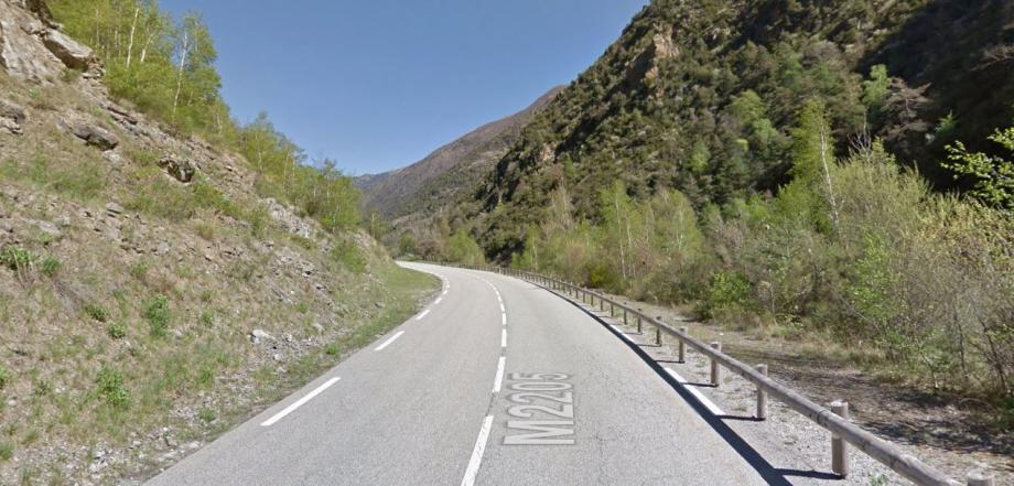 Par mesure de précaution, cette portion route a été fermée provisoirement à la circulation à partir de 19h30.