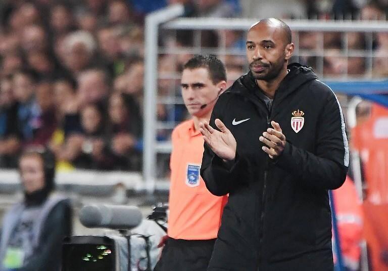 Henry fait sa grande première sur le banc de Monaco face à Strasbourg.
