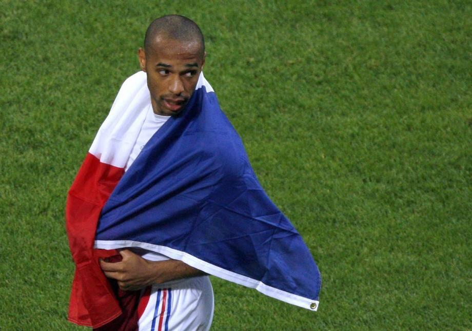 Meilleur buteur de l'Histoire des Bleus, Thierry Henry a tout gagné avec la France malgré une conclusion difficile. Un clap de fin qui aurait un autre scénario.