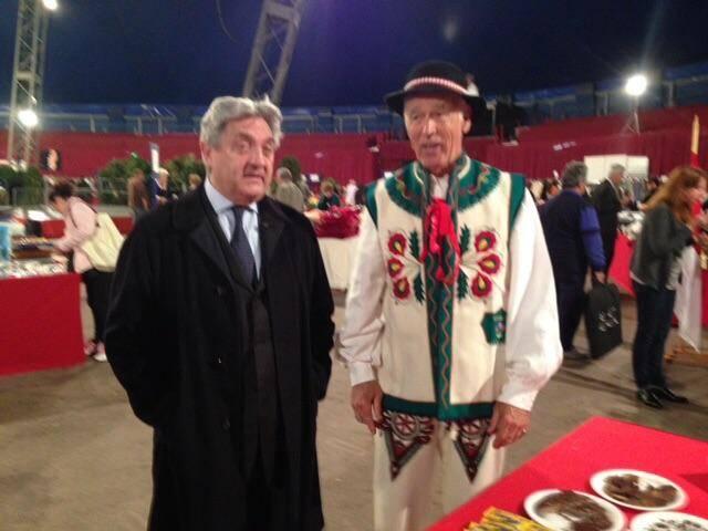 Wojciech Janowski, du temps de ses bonnes œuvres à Monaco, accompagné de Constantin Kulikovski.(DR)