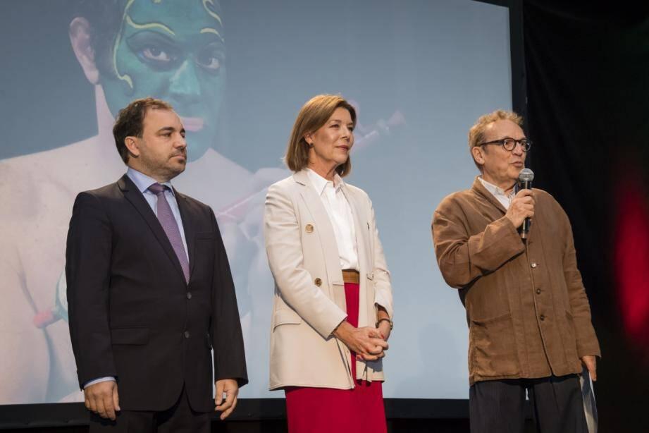 La princesse Caroline, fidèle de la première heure du Printemps des arts, a accompagné son directeur, Marc Monnet (à droite), sur scène avec Jérôme Froissart, président AMADE Mondiale Monaco.